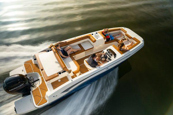 Bayliner DX2000 Deck Boat