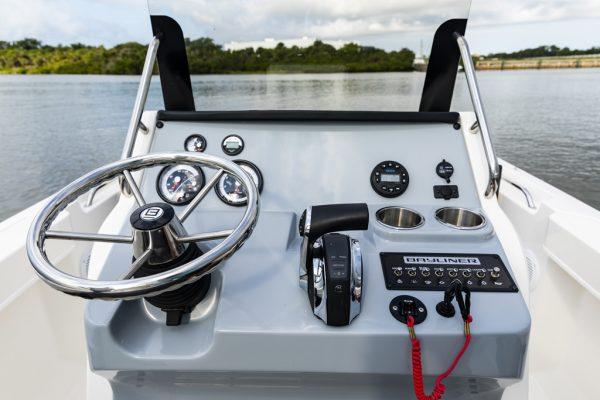 TROPHY T20CC CENTRE CONSOLE FISHING