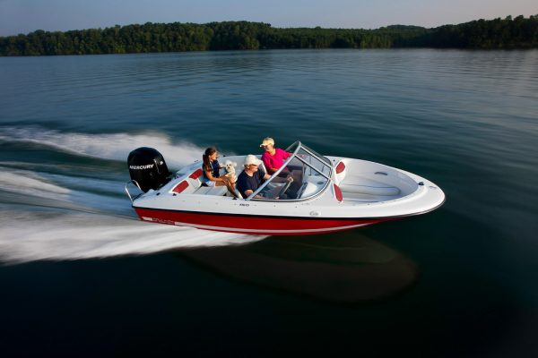 BAYLINER 160 BOWRIDER WITH FAMILY