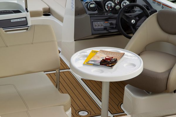 BAYLINER VR6 BOWRIDER TABLE